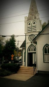 Liz and David tied the knot in this quaint church in Clifton, VA